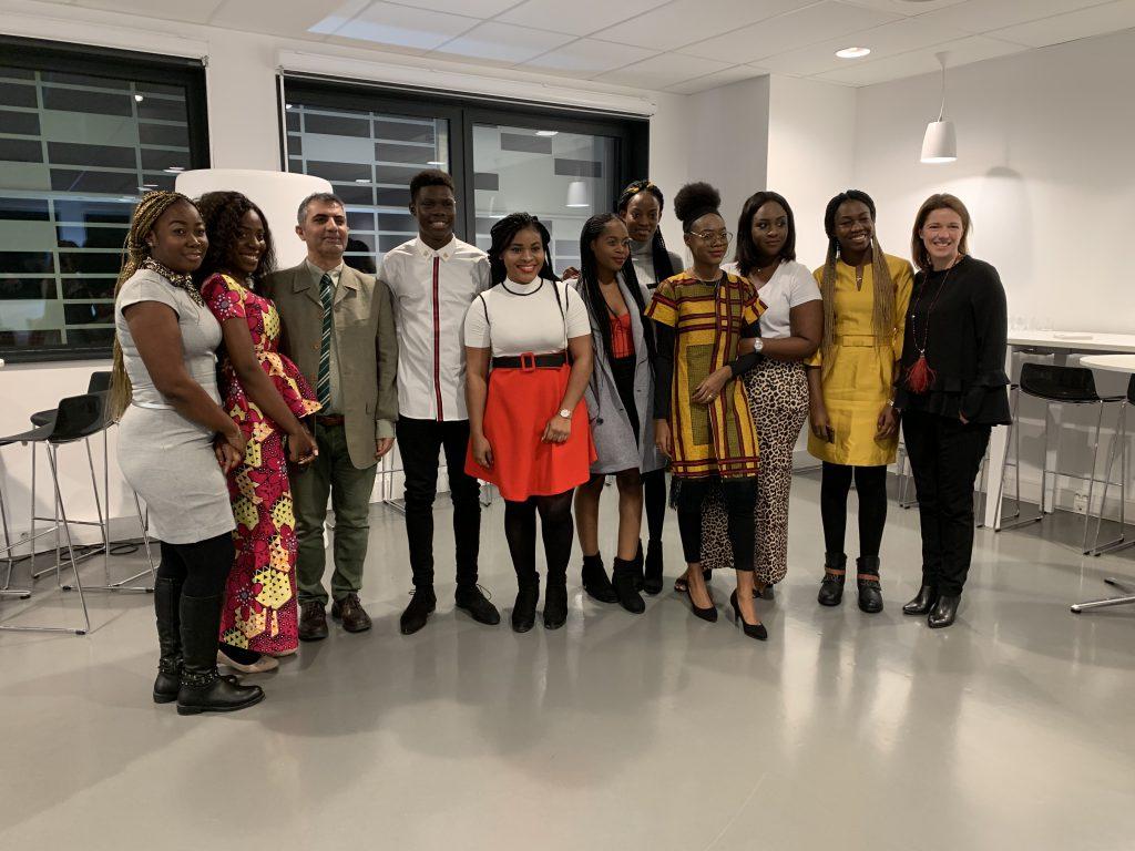 Lundi 18 février 2019, cocktail de bienvenue en l'honneur de nos étudiants camerounais. Ils sont accompagnés de Thomas Majd, Directeur du Bachelor Business Management et de Céline Fauchot, Directrice de SCBS.