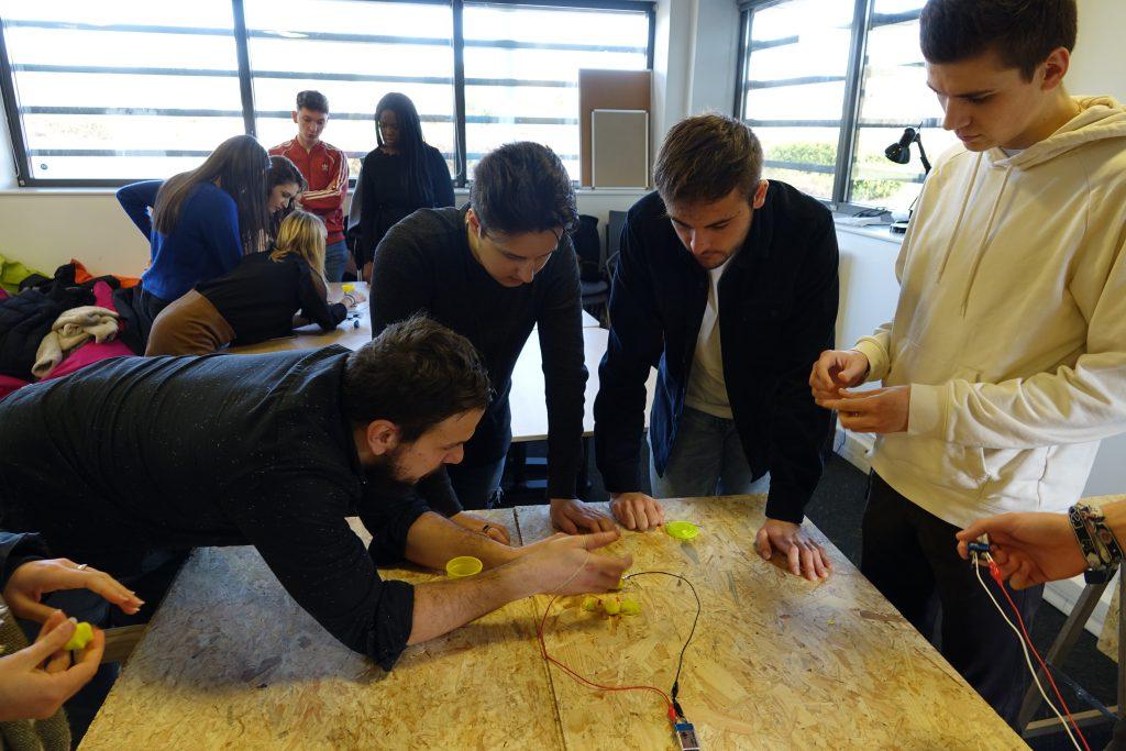 Nos étudiants managers et designers testent leurs idées