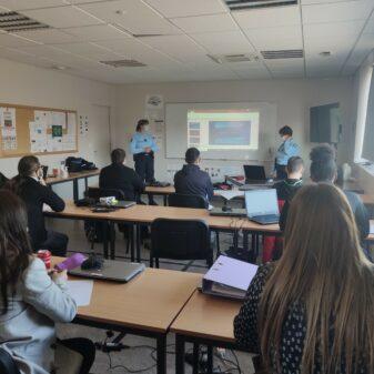 L'E2C de Romilly a organisé une présentation des métiers de la gendarmerie